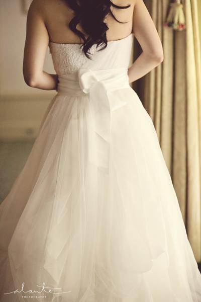 Marriott hotel chicago wedding ceremonyreception venue for Vera wang rental wedding dresses